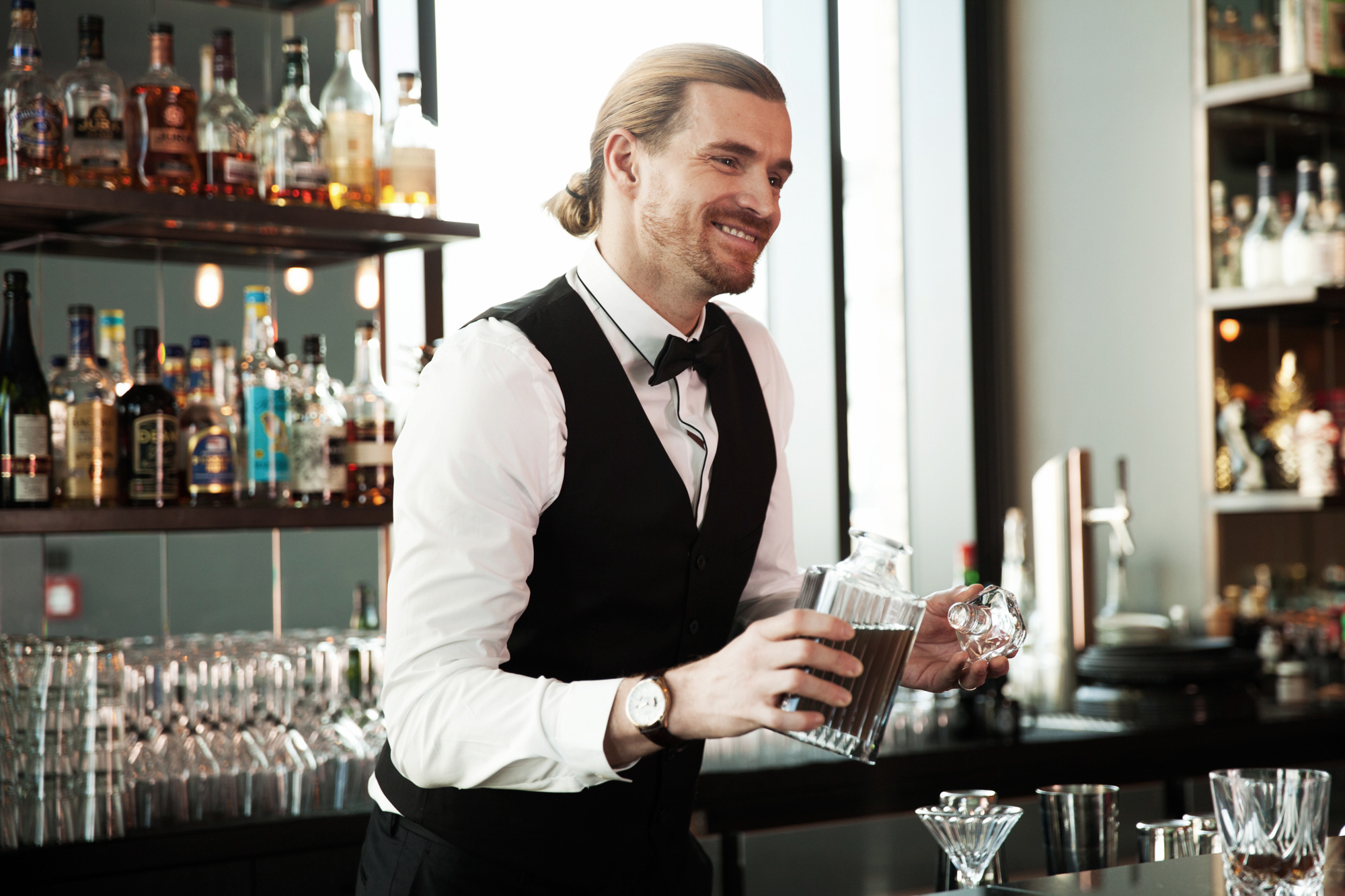 Bar- and service staff